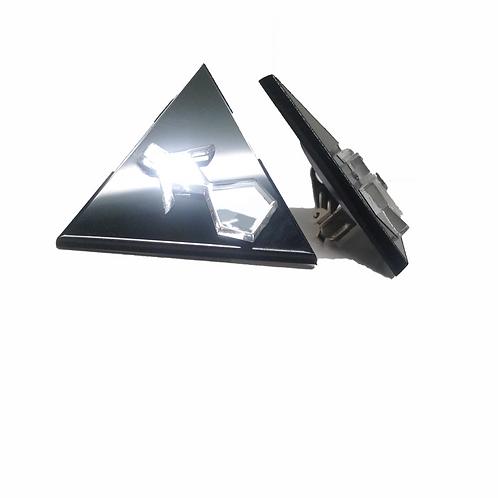 boucles d'oreilles triangle logo Amourea