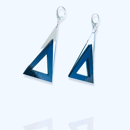 """boucles d'oreilles """"inverted overlapping t."""""""