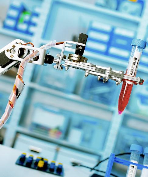 Robotic Lab Assistant