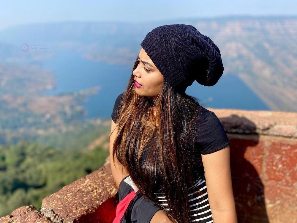 Vijay Tv actress venba photos