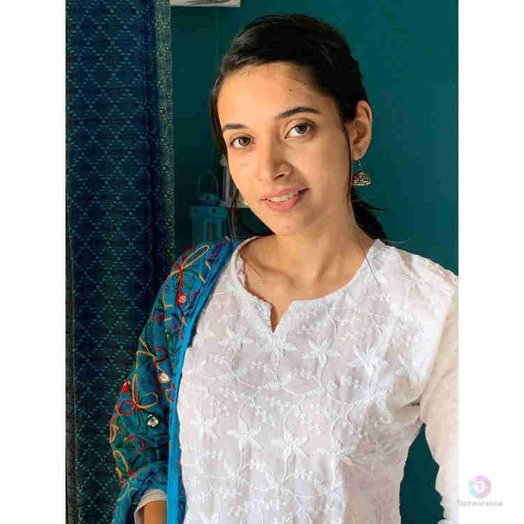 Aishwarya Ojha Photos