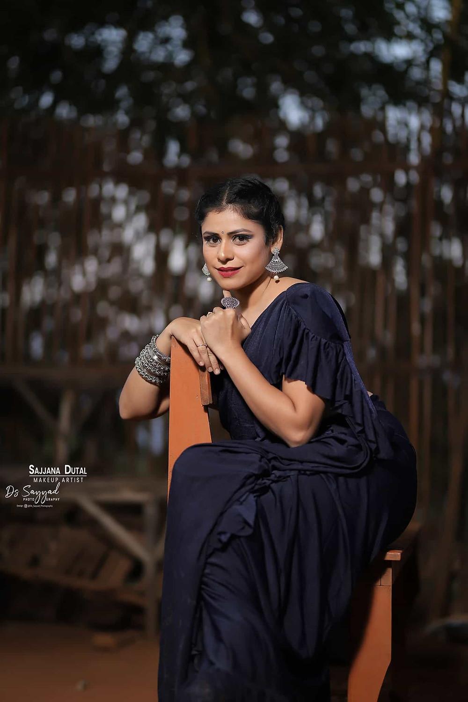 Ashwini Mahangade Images