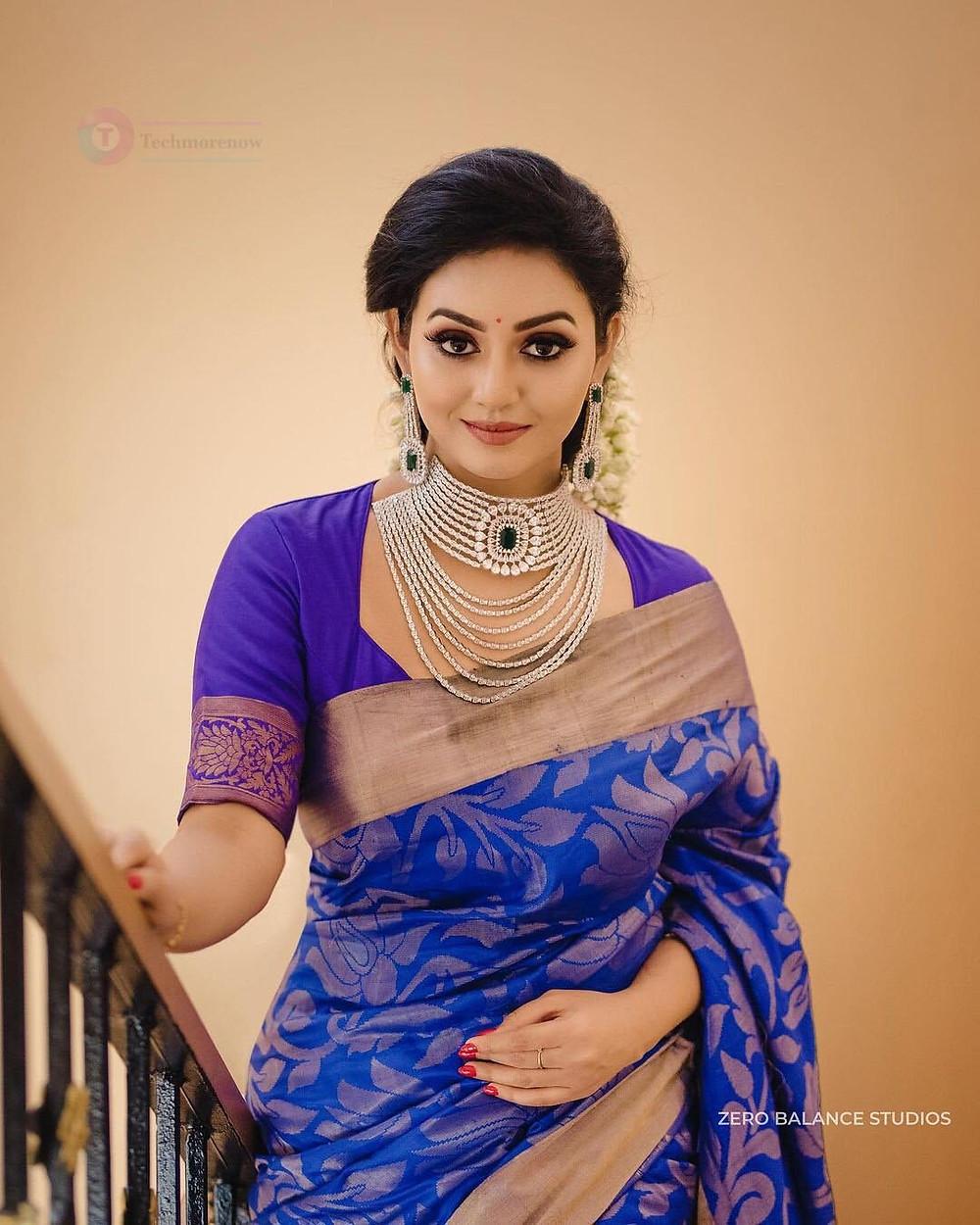 Iravukku Aayiram Kangal Actress Photos Vidya pradeep