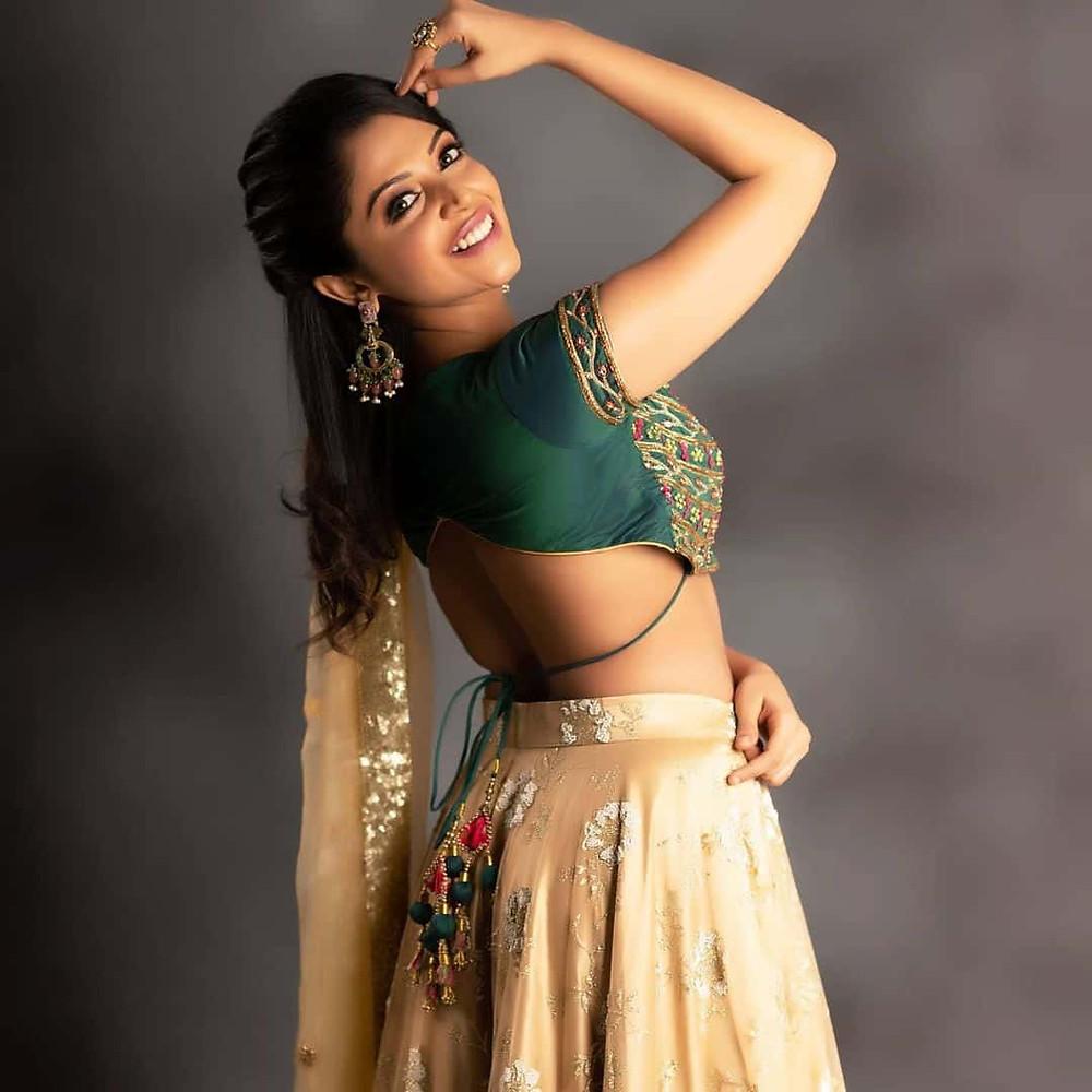 Aishwarya Muthushivam Photos