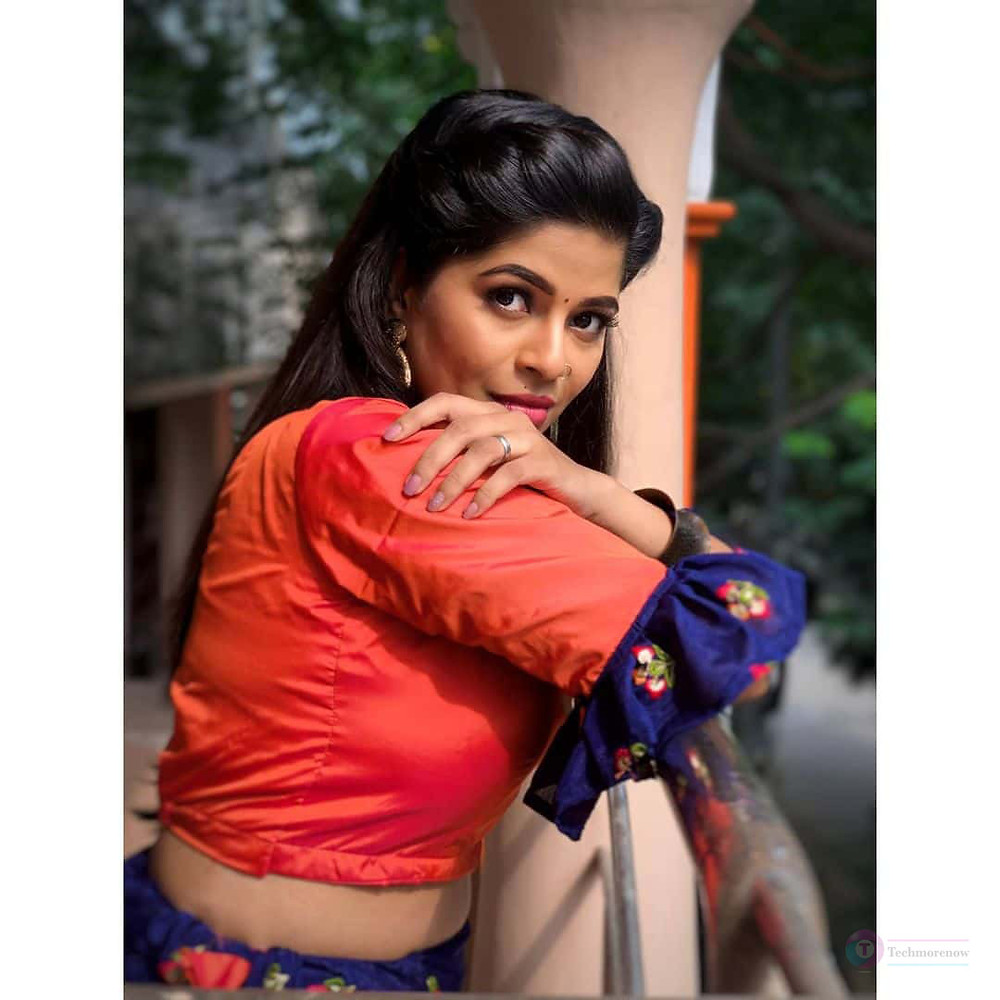 Soppana Sundari Bavithra Vj Age