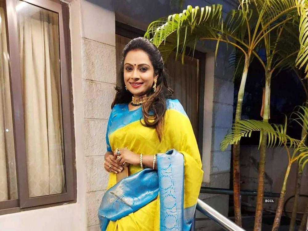 Aarthi Ramkumar Biography