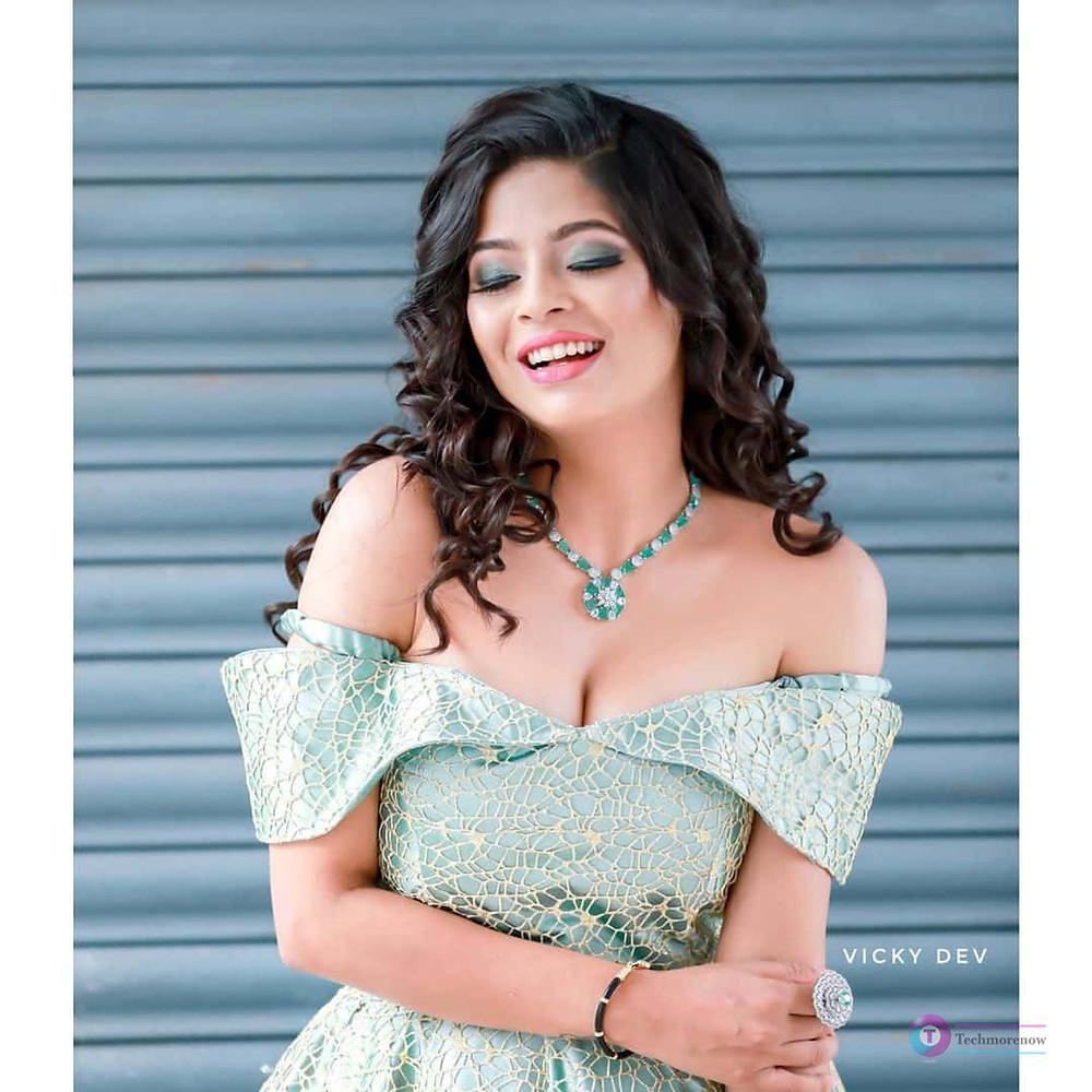 Bavithra Vj Instagram