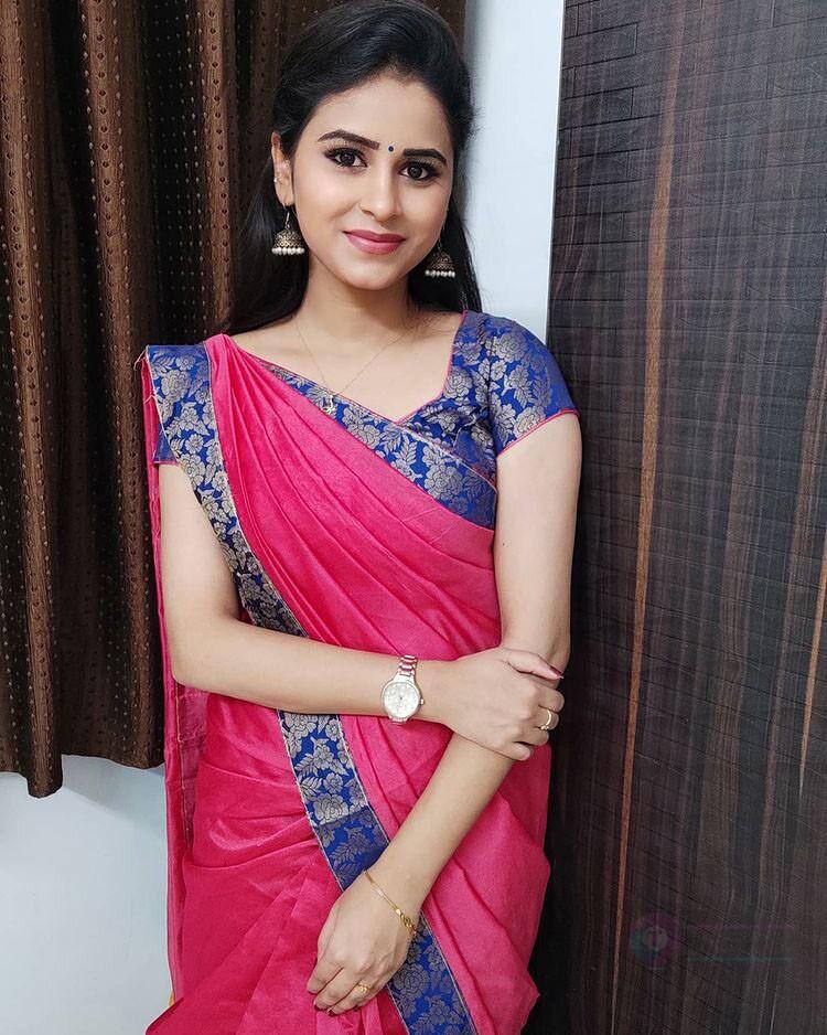 Rithika Vijay tv