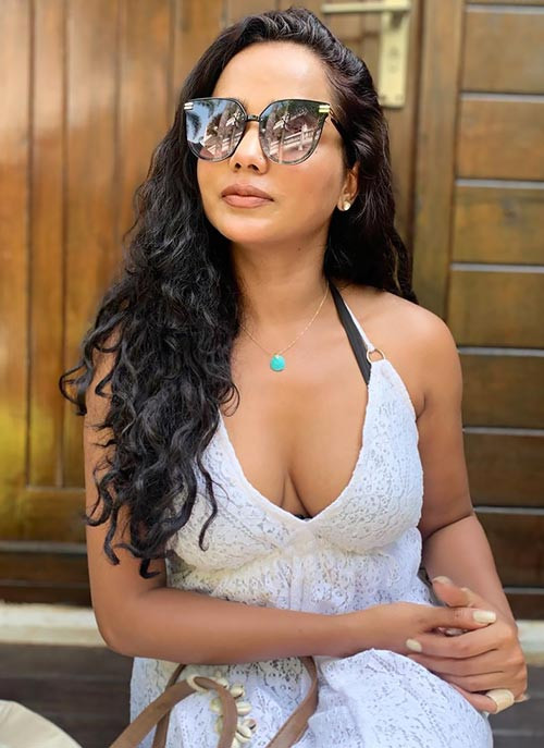 Tuhina Das Hot Images