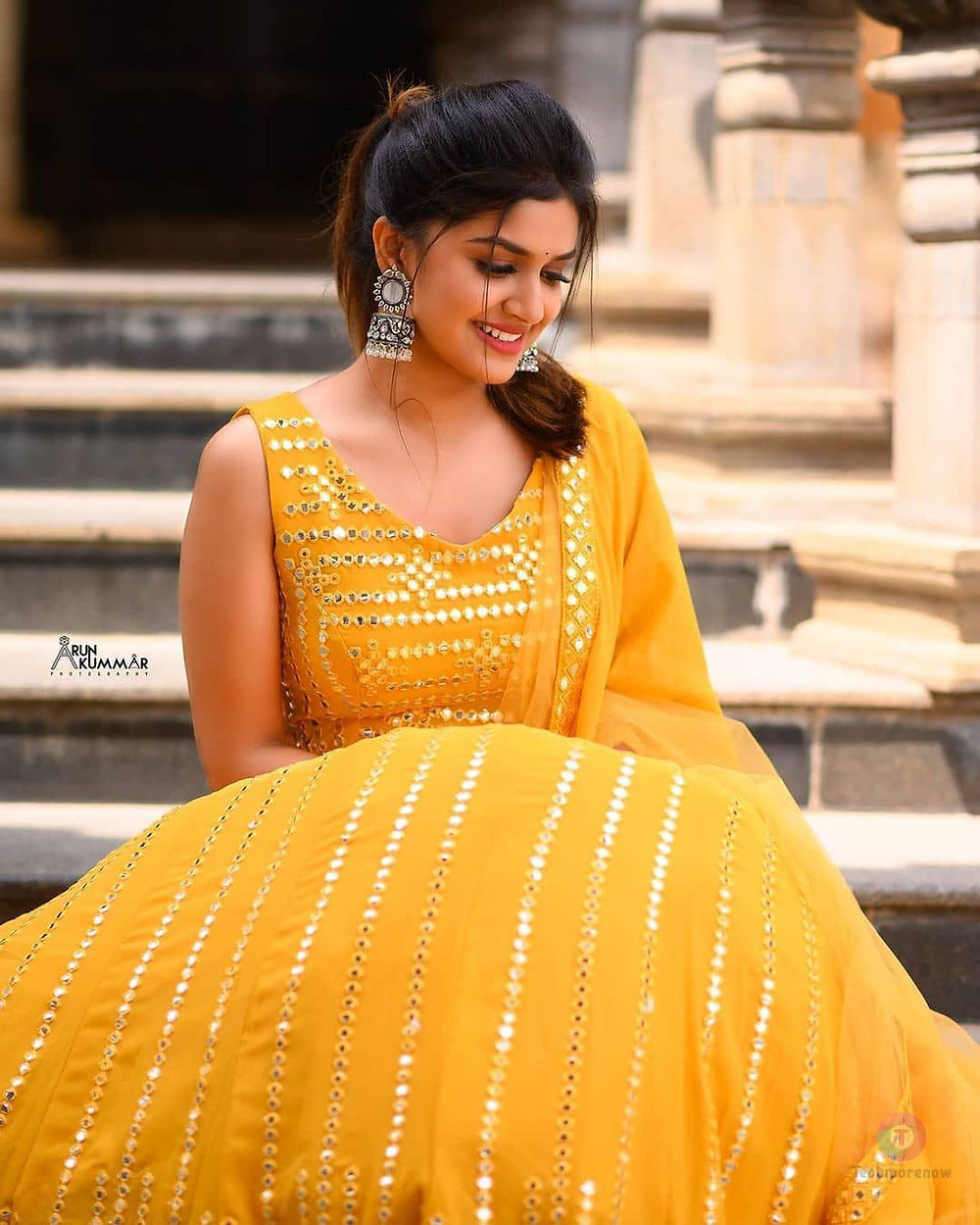 Sanjana Anand Images