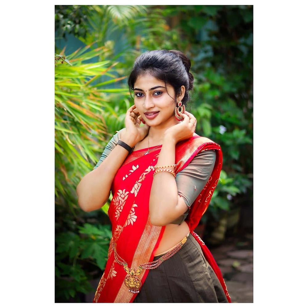Vaishnavi Arulmozhi Images
