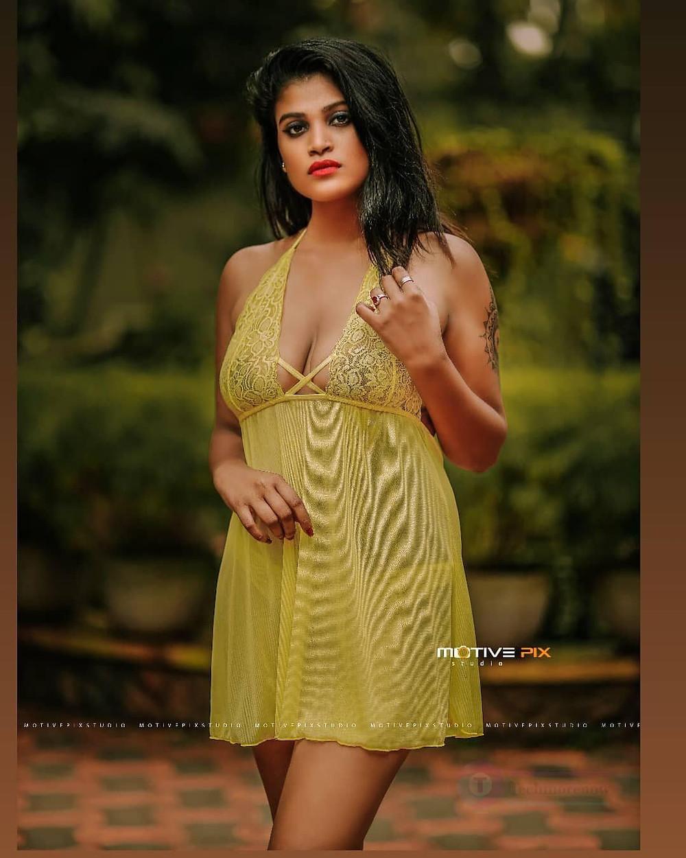 Kerala Dhanya Hot Pics