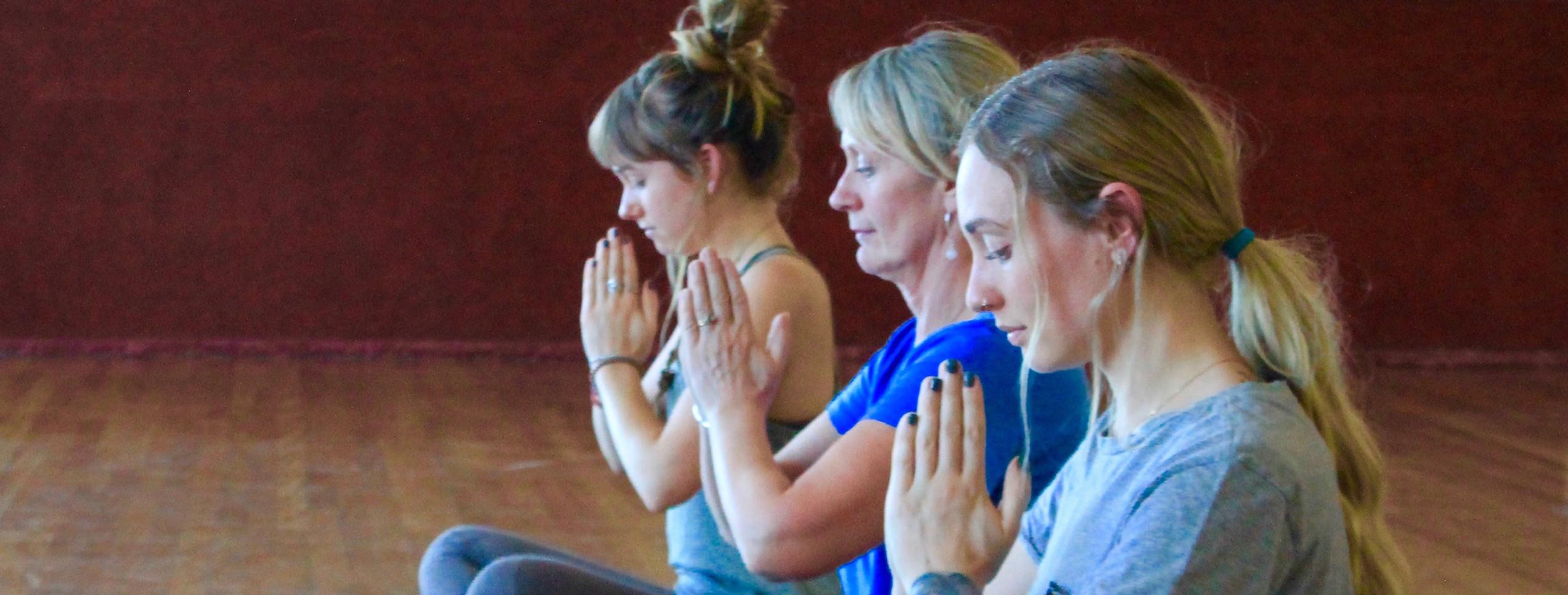 yoga class tuggeranong yogapathways