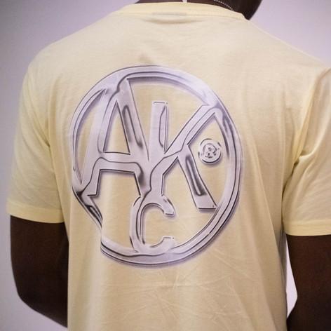 AKC - Chrome pale lemon tee