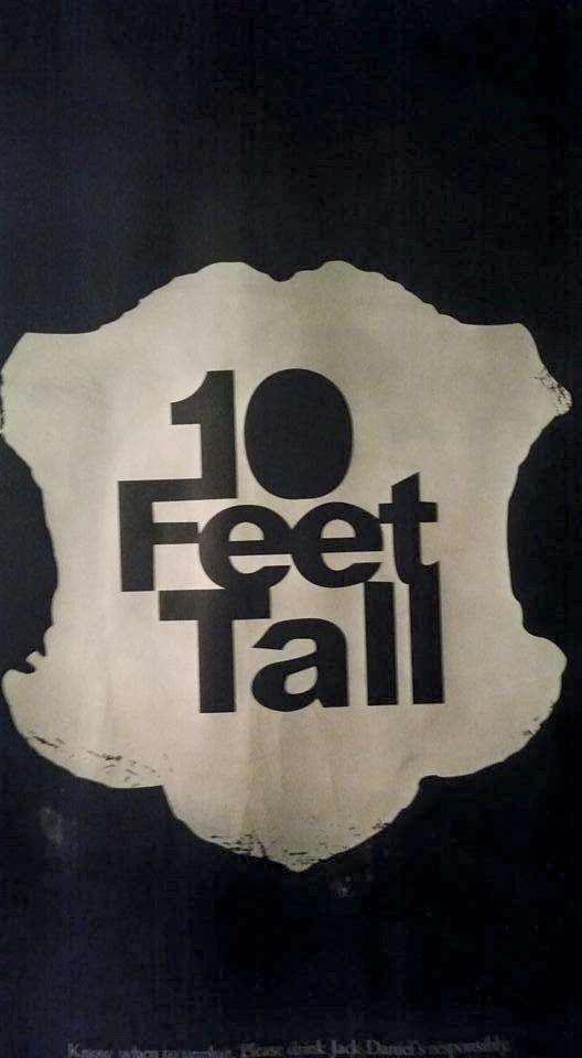 10feettall