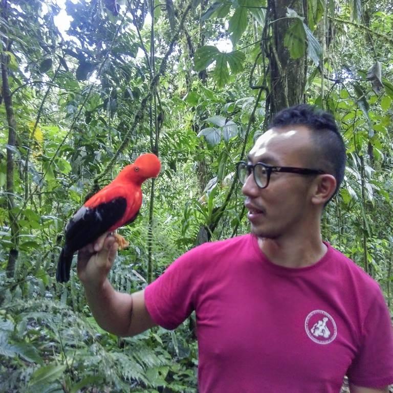 Nelson from Hong Kong meets his favourite bird