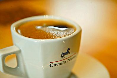 cavallo-nero_kaffeetasse2.png