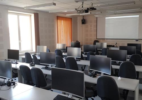 Filozofická fakulta UPJŠ v Košiciach .. Laboratórium experimentálnej fonetiky a komunikácie