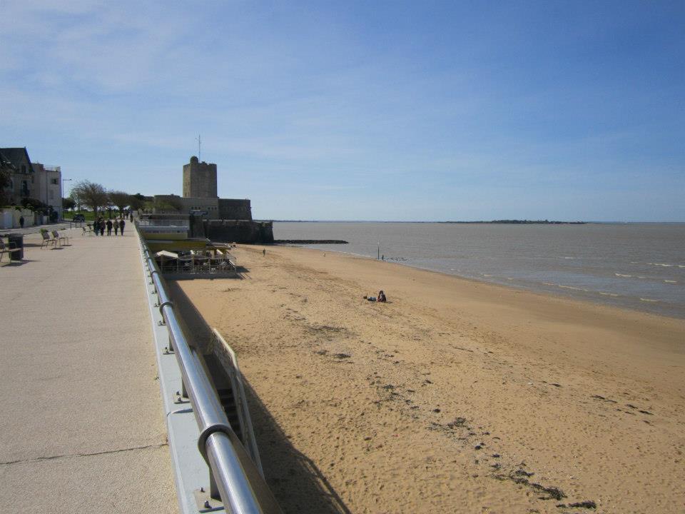 Grande plage (ouest)