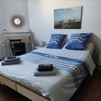Chambre avec lit modulable