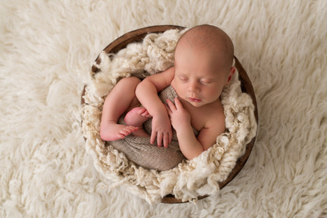 newborn baby family photographer Berkshi