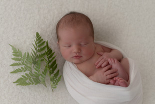 newborn baby photography windsor berkshire
