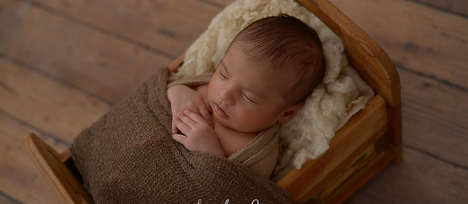 NEWBORN PHOTOGRAPHER SLOUGH - GYAN