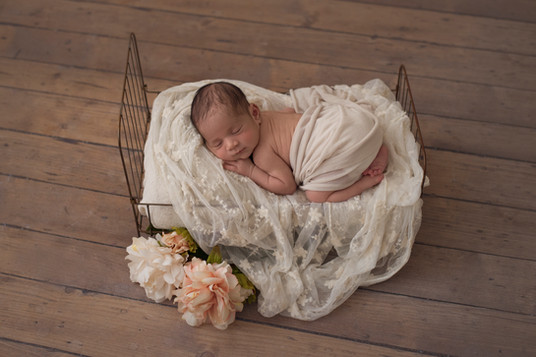 newborn baby photography bracknell berkshire