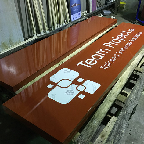 sign-tray-sprayed-red-5mm-opal-inlay.JPG
