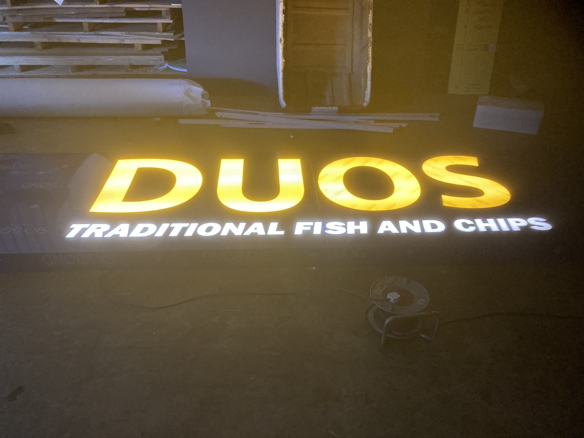 sign-tray-composite-illuminated
