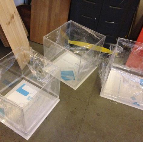 custom-made-cnc-machined-acrylic-cubes.J