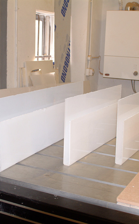 clear-acrylic-brochure-holders-u-section