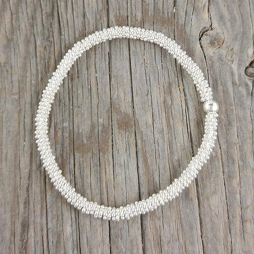 4mm 'daisy' chain stretchy bracelet
