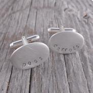 elizaperryjewellery_oval_cufflinks.png