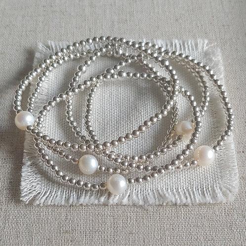 pearl station stretchy bracelet