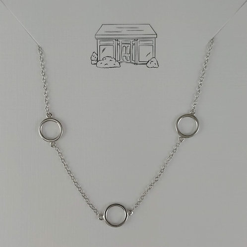 5 silver 'rings' necklace