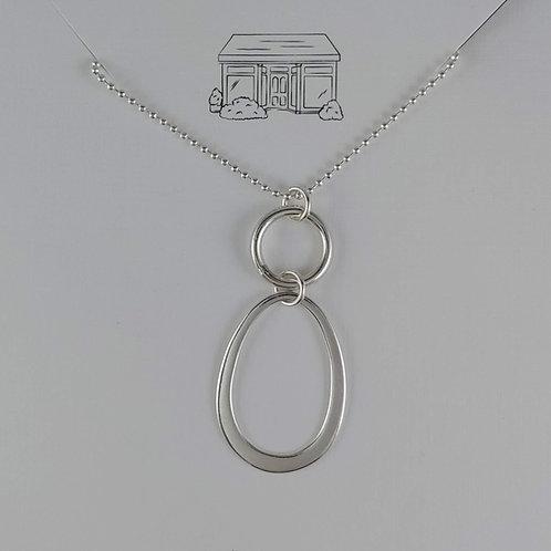 plain 'pendant' necklace