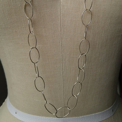 long 'oval' linked necklace