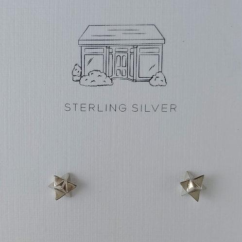 spiked star stud earrings