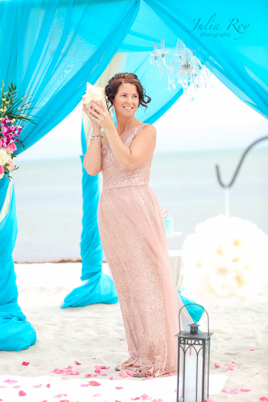 Turquoise wedding arch , Beach wedding turquoise