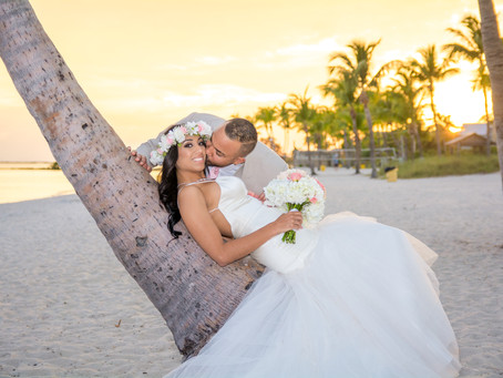 Beautiful spring wedding in Key West