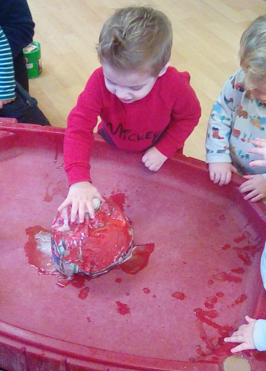 volcano effects with bicarb & vinegar (4