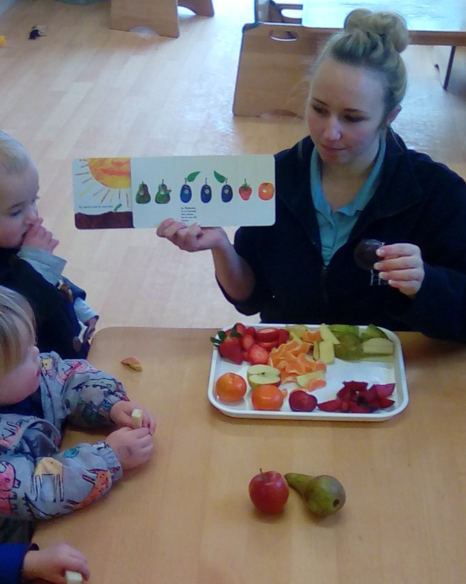 the hungry caterpillar (4)