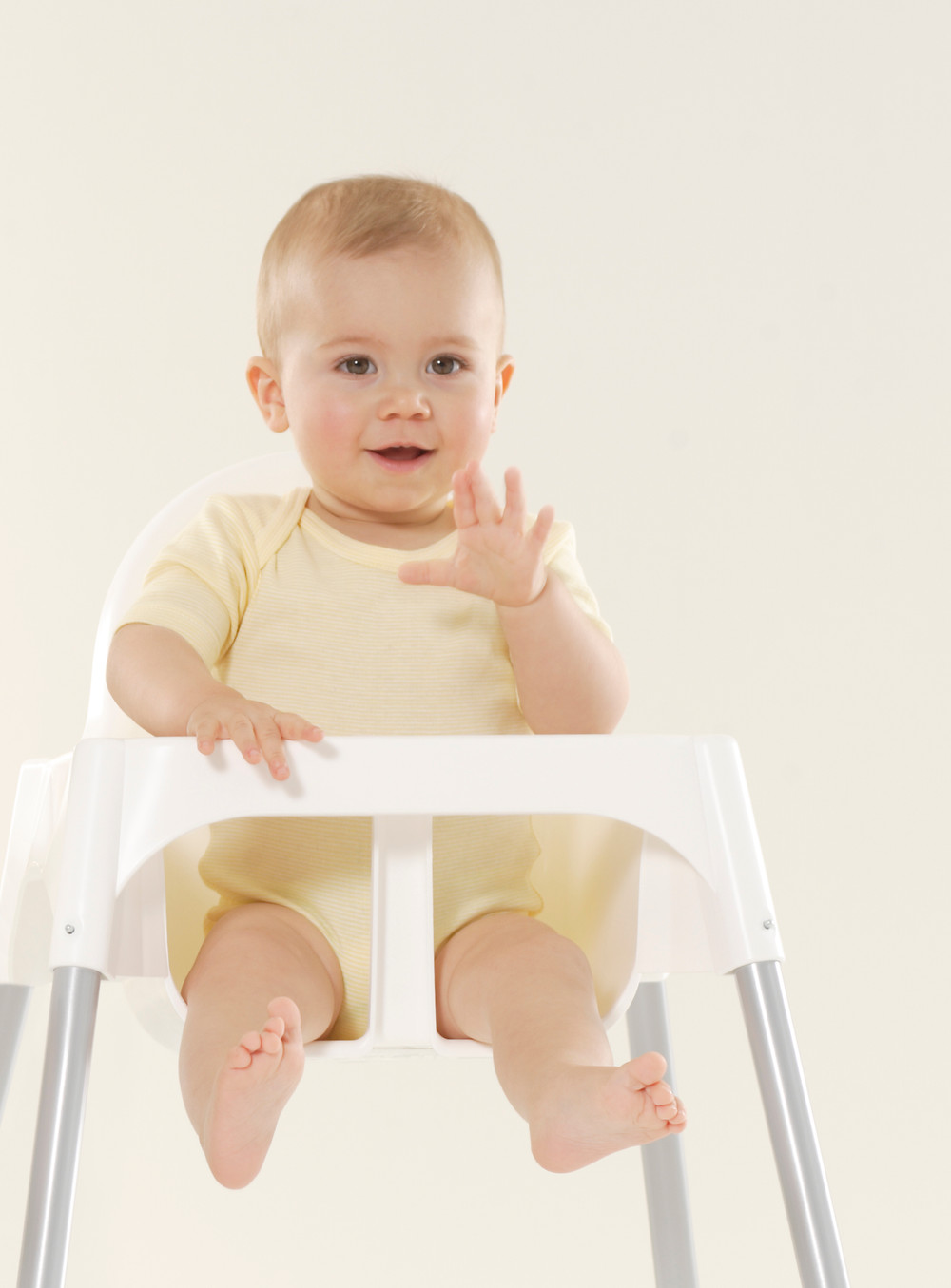 infant in high chair baby led weaning
