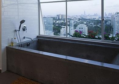 בטון מוחלק מאפשר יציקת אלמנטים שונים לעיצוב הבית
