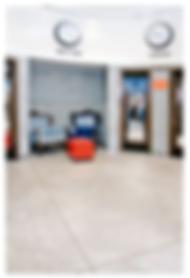 רצפת בטון מוחלק  מושלם נמצאת גם בעסקים כמו מספרות חנויות בגדים מסעדות ועוד