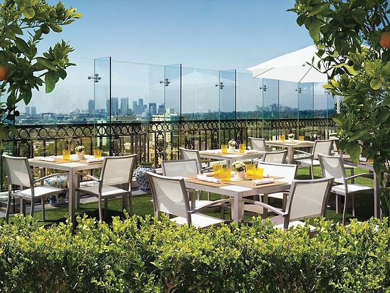 Rooftop_Dining.jpg