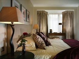 3 Bedroom Knightsbridge 2