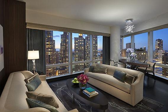 hudson-riverview-suite-living-room.jpg