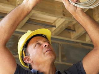Проводка в деревянном доме- 5 основных правил